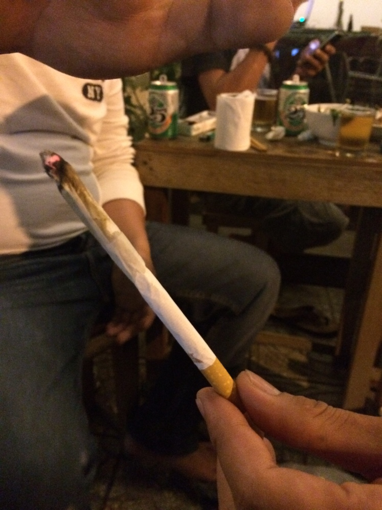 They combined a joint into their cigarette haha to make a long smoke